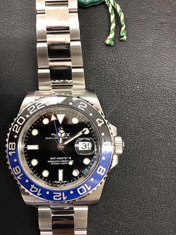GMTマスターの青黒ベゼルを高価買取! ベゼルによって金額の変化はある?